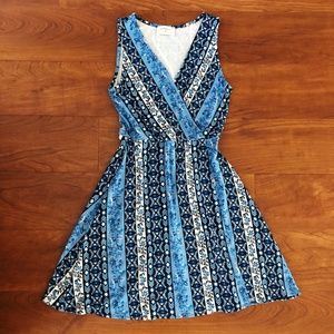 Blue & White Floral Paisley V-Neck Wrap Dress